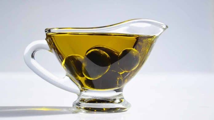 Is olive oil good for you? Health benefits of polyphenols.