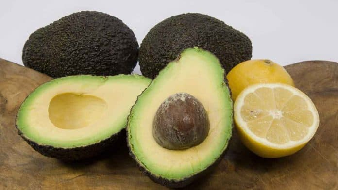 How much dietary fiber in avocado?