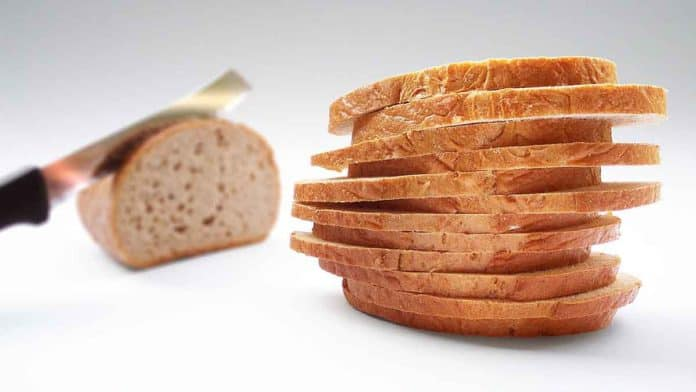 Does bread make you fat? Are bread calories per slice too many?