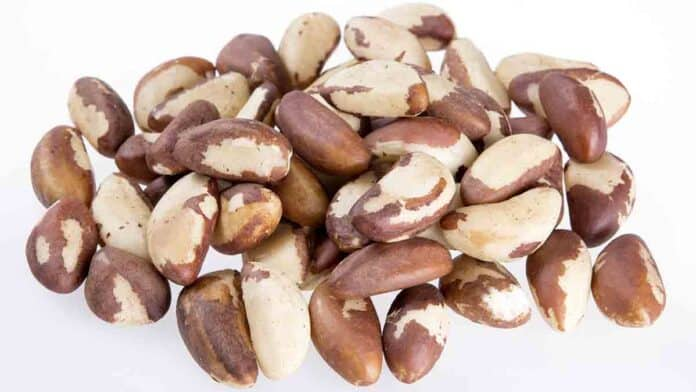 Brazil nuts are good for hair growth.
