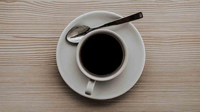 Black coffee is good for the skin!