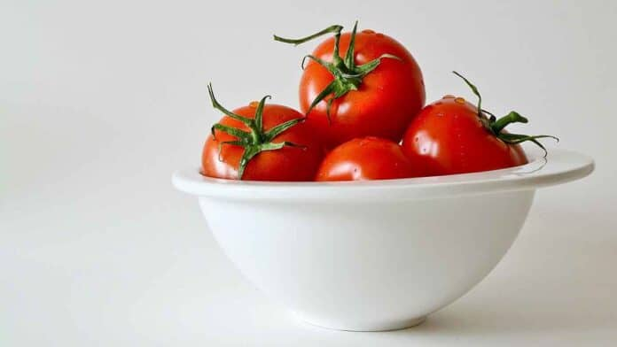 tomatoes for losing belly fat