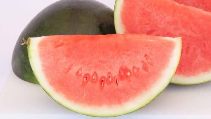 The best time to eat watermelon to lose body weight
