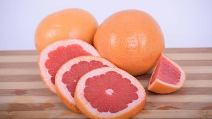 drink grapefruit juice before bed or at daytime?